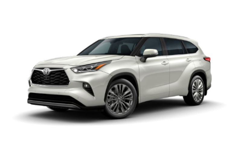 2020 Toyota Highlander in exterior color Blizzard Pearl