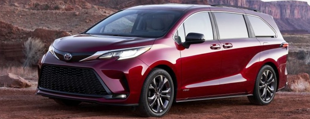Toyota Sienna 2021 color rojo