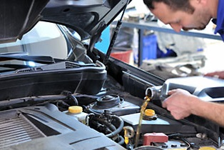 Top 3 reasons why you need to get an oil change in Grand Junction, CO