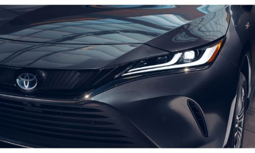 2021 Toyota Venza close up of front grille and headlight