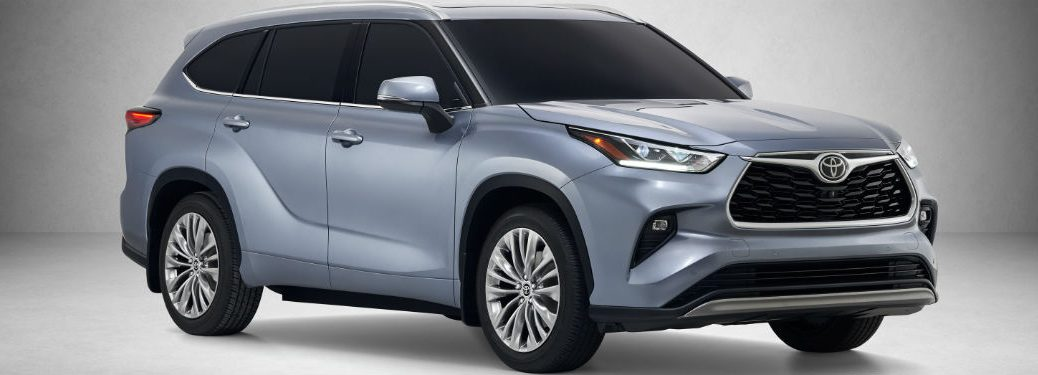 side view of a silver 2020 Toyota Highlander
