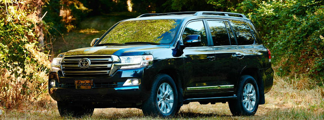 Features in the 2016 Toyota Land Cruiser
