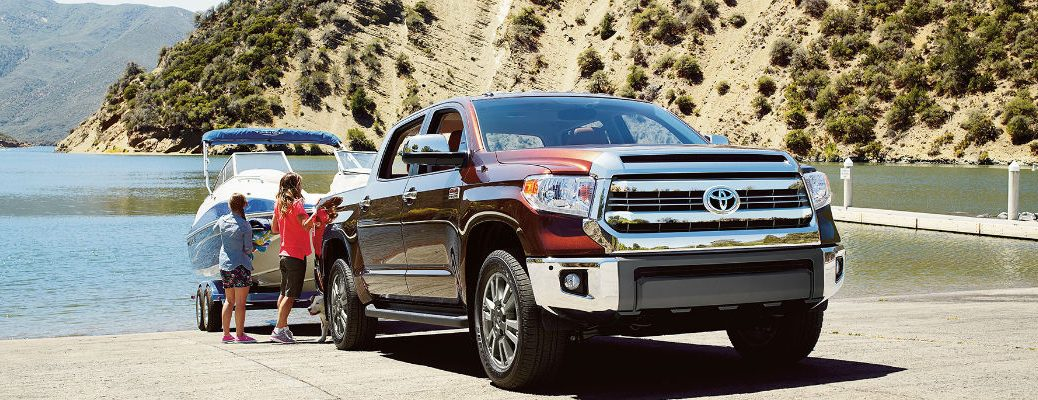How much can you tow in the 2016 Toyota Tundra?