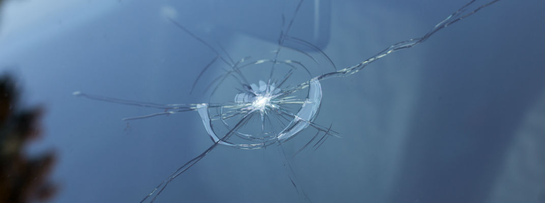 4 types of windshield cracks you can fix yourself
