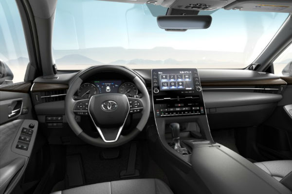 2019 Toyota Avalon Leather Trim in Gray
