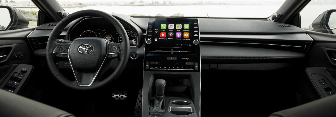 Which Toyota models have Apple CarPlay and Android Auto