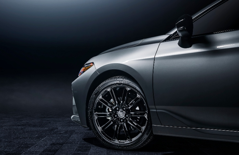 2021 Toyota Avalon XSE Nightshade Edition front tire