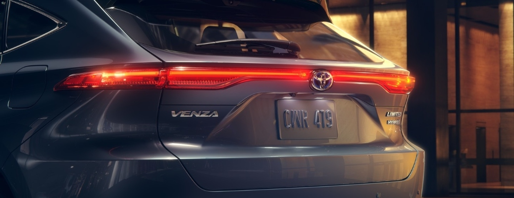 What color can I get a 2021 Toyota Venza in?