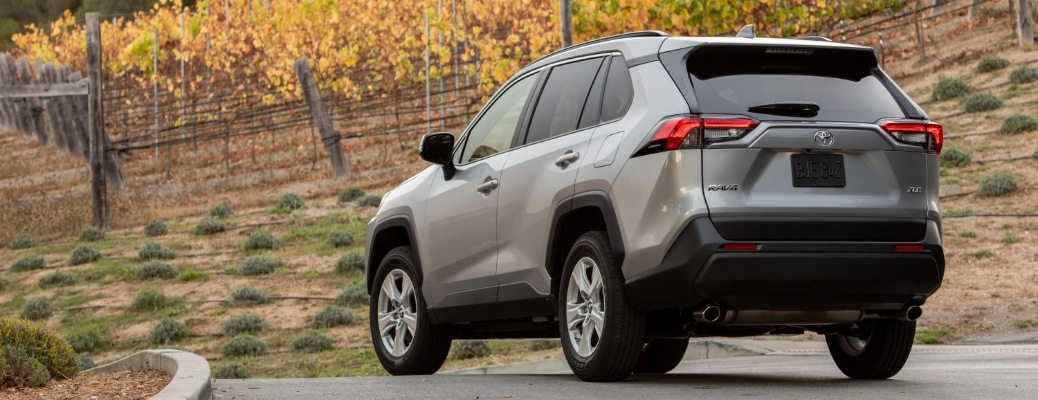 2021 Toyota RAV4 XLE going around a curve
