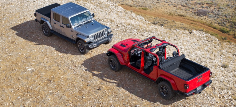 2020 Jeep Gladiator silver and red hard top on and off top view
