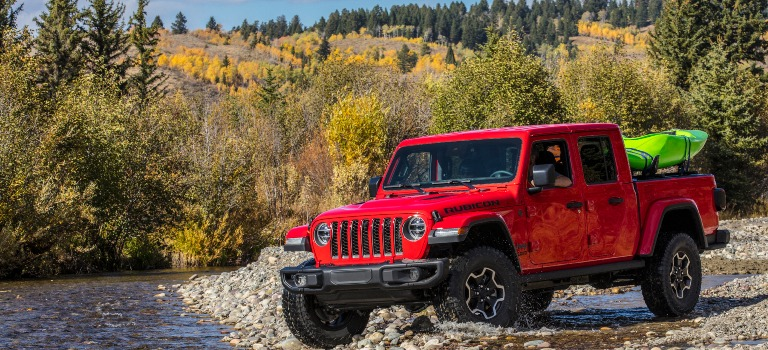 2020 Jeep Gladiator red front view