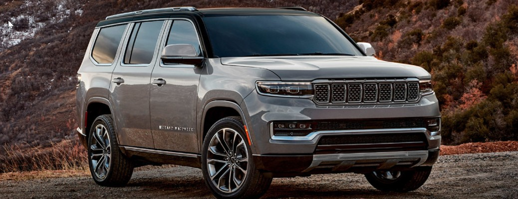 Side view of the 2022 Jeep Wagoneer