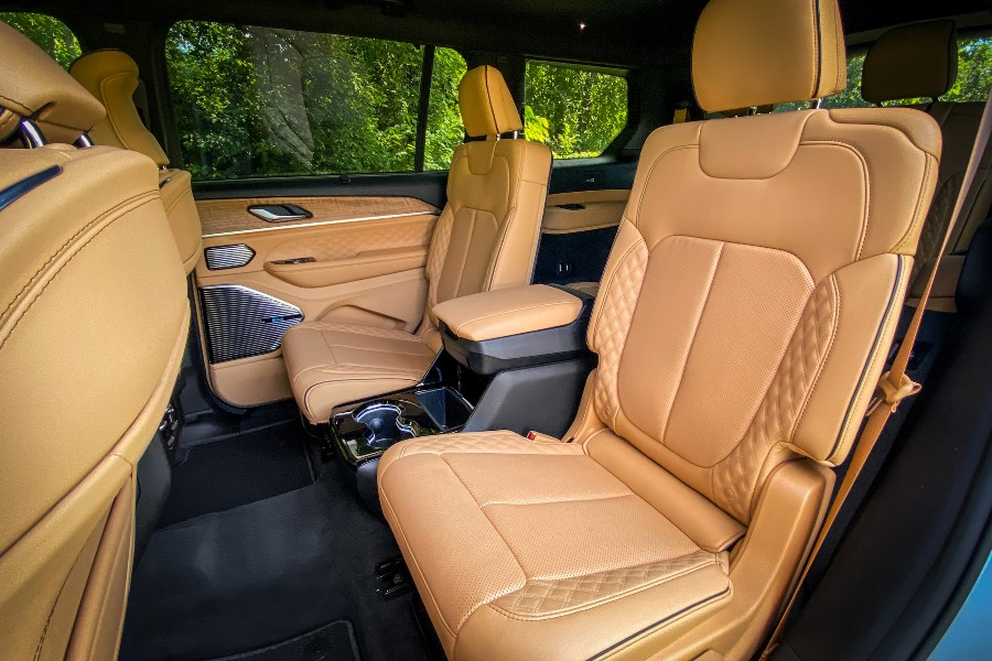 2021 Jeep Grand Cherokee L Interior Cabin Second-row Seating