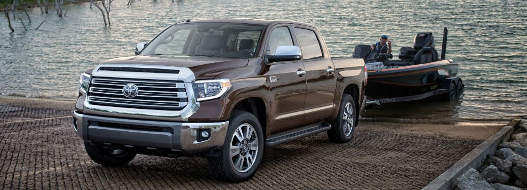 2020 Toyota Tundra pulling a boat out of the water