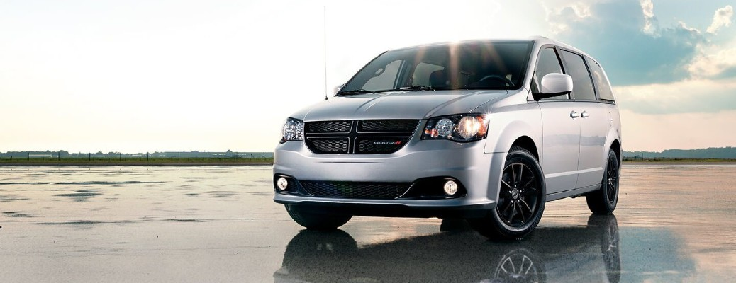What are the Color Options of the 2020 Dodge Grand Caravan?