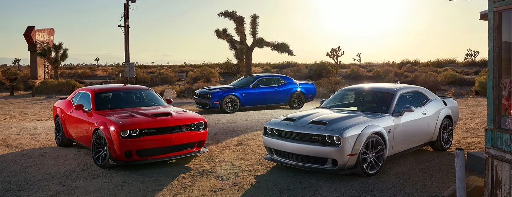 What are the Color Options of the 2021 Dodge Challenger?