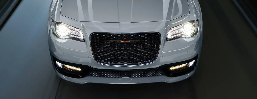 What's Included in the 2021 Chrysler 300S V8 Model?