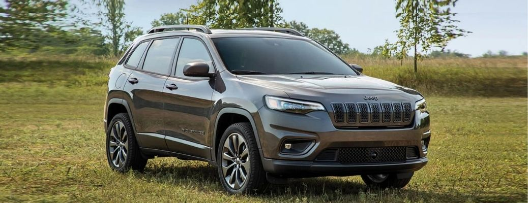 2021 Jeep Cherokee side and front look