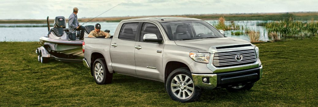 How much can the 2016 Toyota Tundra tow?