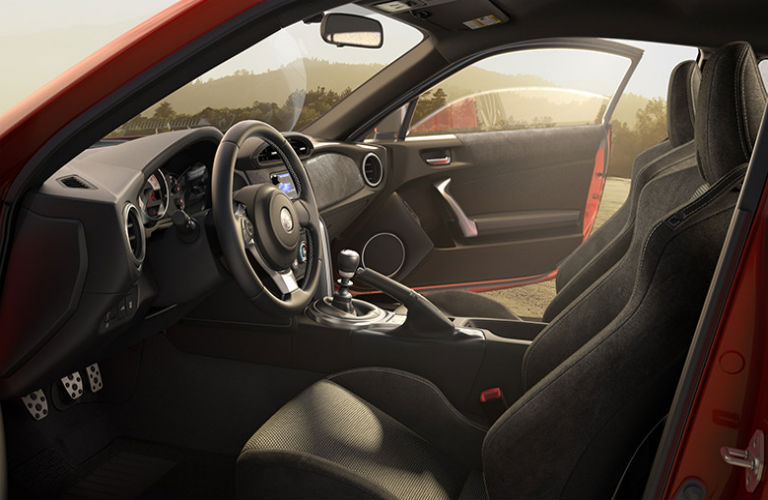 What does the 2017 Toyota 86 interior look like?