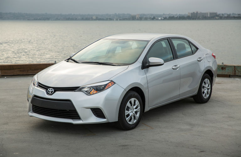 2015 Toyota Corolla front grille