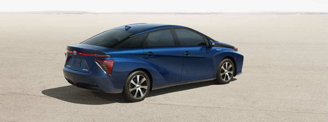 Toyota Mirai Fuel-Cell Vehicle Leaves Behind Nothing but Water
