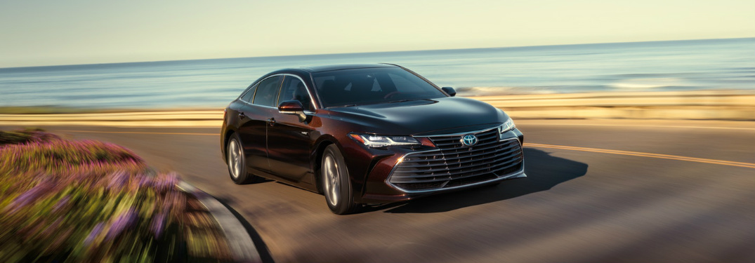 What colors does the new Avalon come in?
