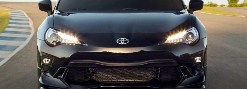 2019 Toyota 86 headlights and grille