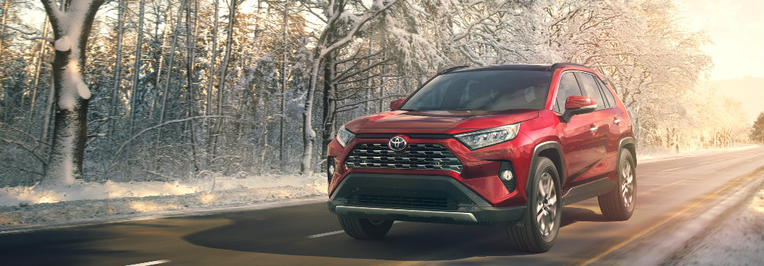 New Crossovers, SUVs and Vans with AWD in St. Louis, MO