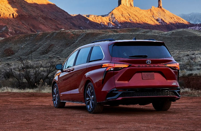 2021 Toyota Sienna back end