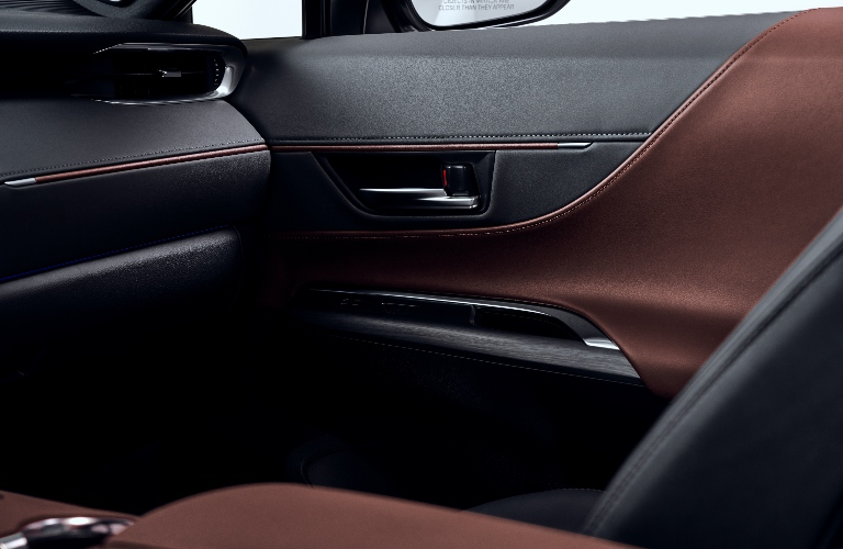 2021 Toyota Venza door panel