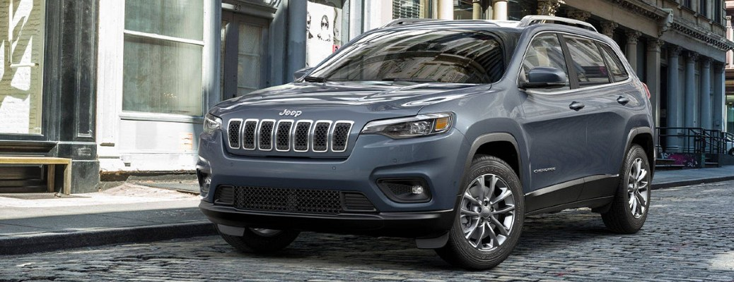 2021 Jeep Cherokee parked on the side of the road