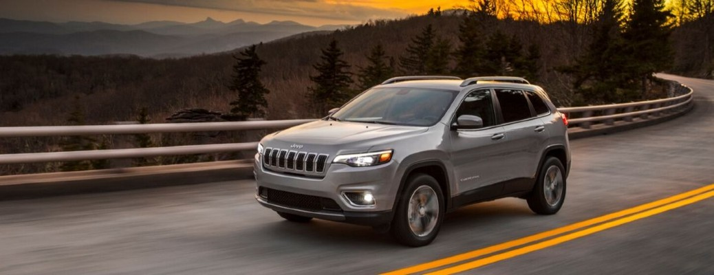 2020 Jeep Cherokee front driver side driving