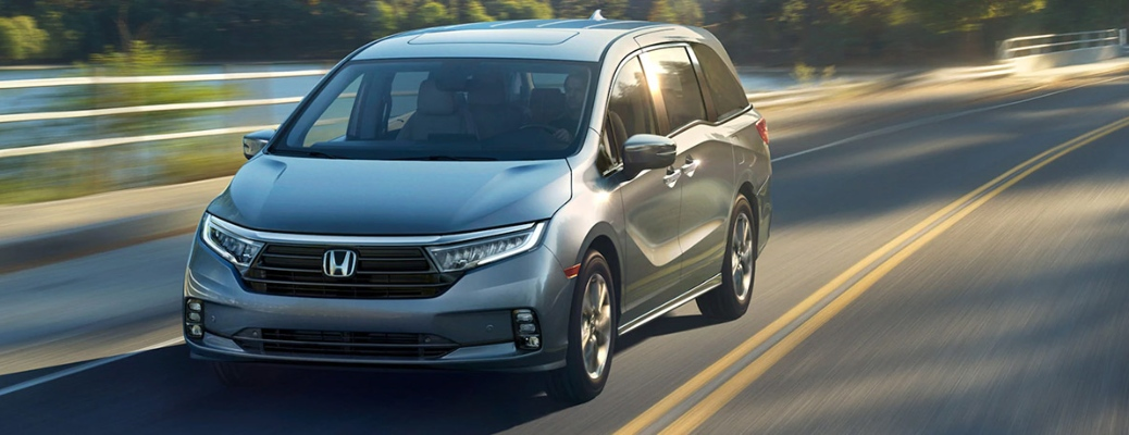 2021 Honda Odyssey going down the road