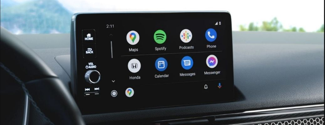 Image of the 9-inch touchscreen display with Android Auto integration