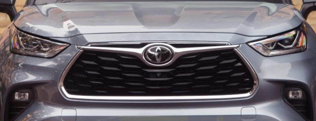 Front grille of the 2020 Toyota Highlander