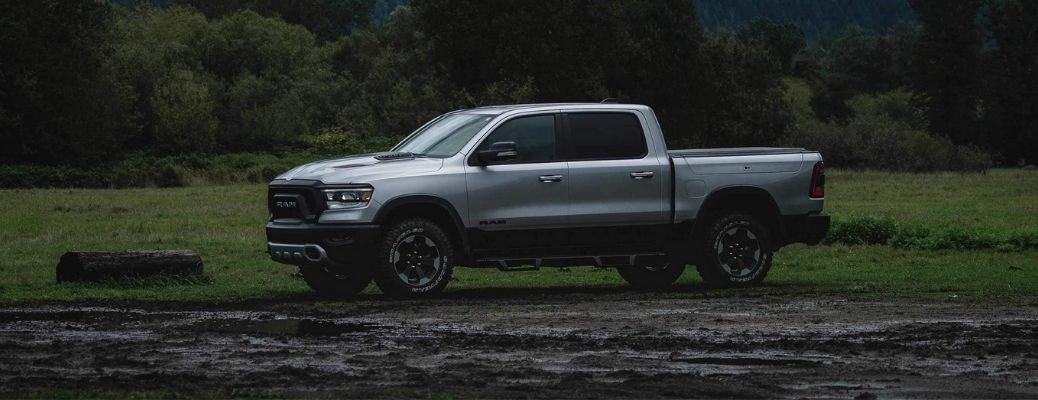 2022 Ram 1500 Front and Side View