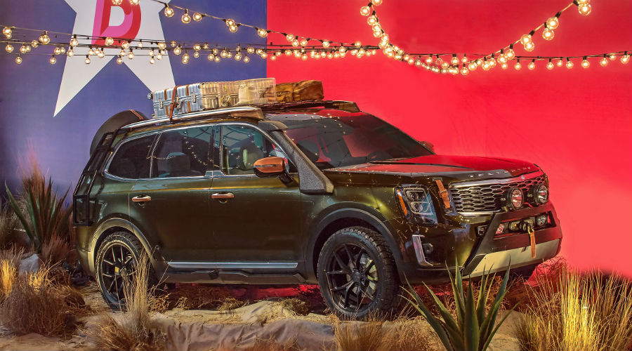 2020 kia telluride from the front three quarter at new york fashion week 2019