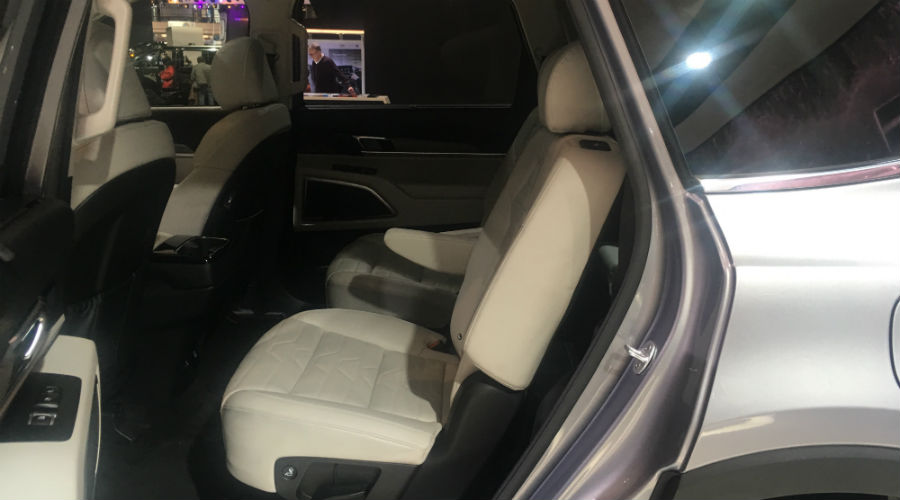 second-row seating in 2020 kia telluride at chicago auto show 2019