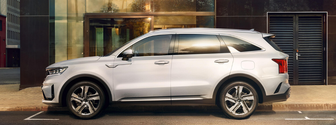 What Technology Features are in the 2021 Kia Sorento?