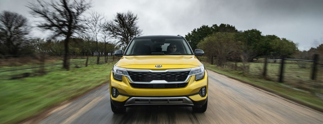 Front view of yellow 2021 Kia Seltos
