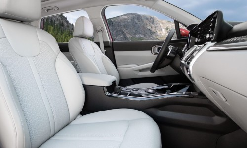 Interior view of 2021 Kia Sorento Hybrid