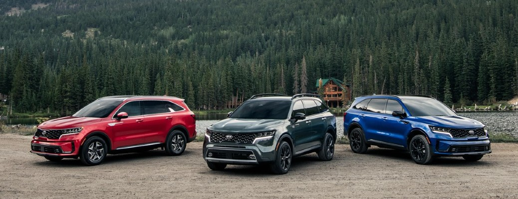 Lineup of three 2021 Kia Sorento models