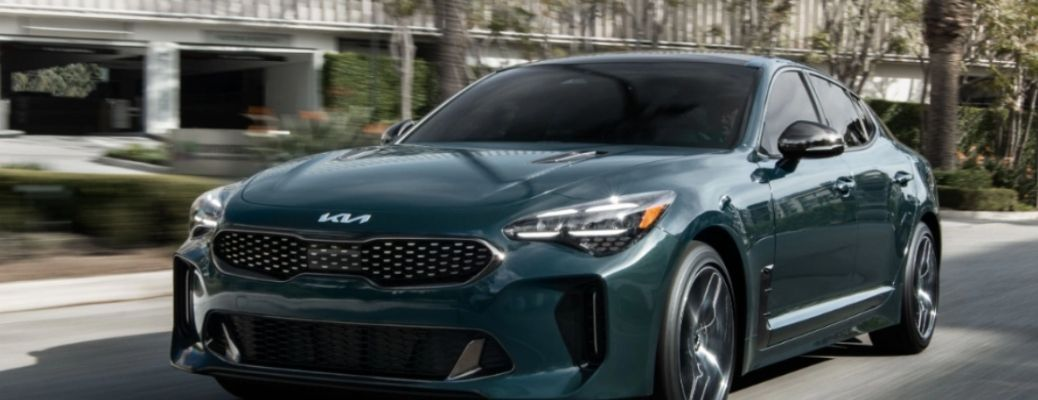 front quarter view of the 2022 Kia Stinger GT2