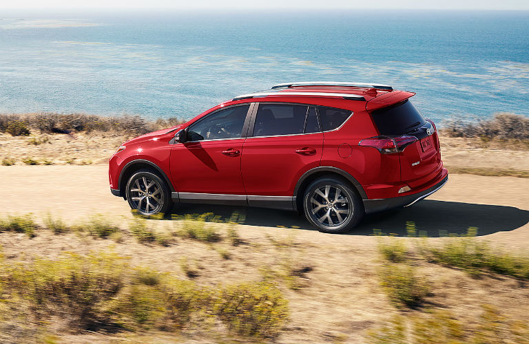 What new features does the 2017 RAV4 have?