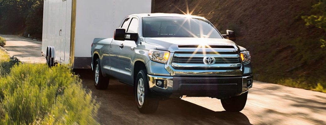 2017 Toyota Tundra engine options and towing capacity