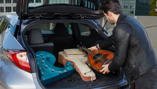 How much cargo capacity is in the 2018 Toyota C-HR