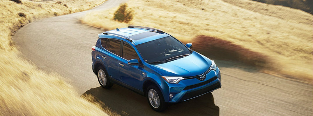 What does the 2018 Toyota RAV4 Hybrid have to offer?
