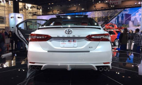 2018 Toyota Camry XSE rear shot at Chicago Auto Show