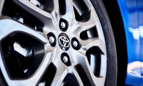Wheel spokes and name badge of 2020 Toyota Yaris Hatchback